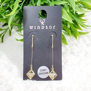 5️⃣ For 💲2️⃣0️⃣ Windsor Cubic Zirconia Earrings